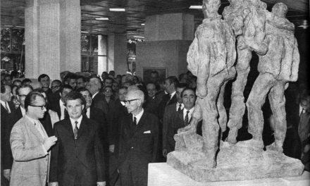 Ion Frunzetti, Nicolae Ceaușescu, Ion Jalea la Expoziția dedicată aniversării a 50 de ani de PCR, 1971