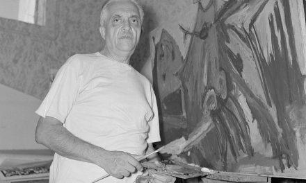 Marcel Janco în atelierul său din Ein Hod, Israel, 1964