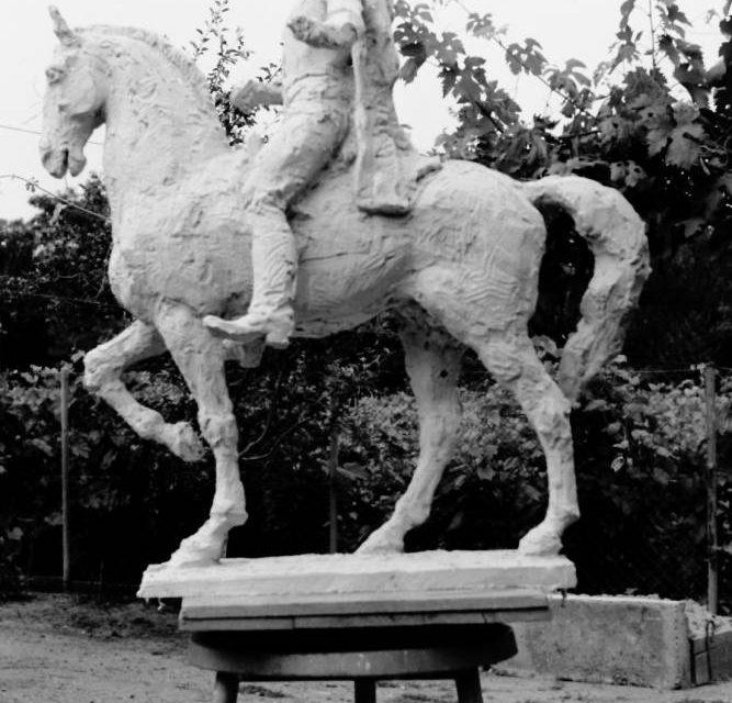 Sculptorul Naum Corcescu, 1977