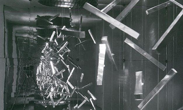 Diet Sayler, Kinetic Room 1971, walkable space, 300 x 300 x 300 cm, Pitești, România
