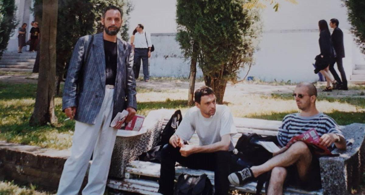Adrian Guță împreuna cu Sorin Vreme și Iosif Kiraly la Bienala de la Veneția, 1997