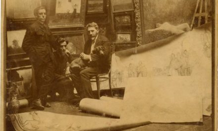 Pictorul Arthur Verona în atelierul său, alături de sculptorul și regizorul Horia Igiroșanu și de plasticianul Aurel Jiquidi