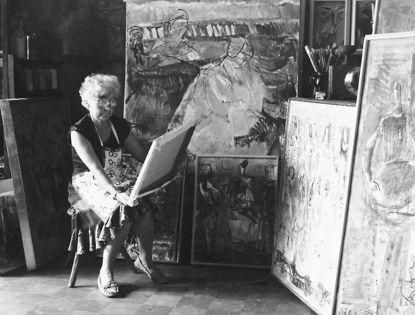 Wanda Sachelarie Vladimirescu în atelier