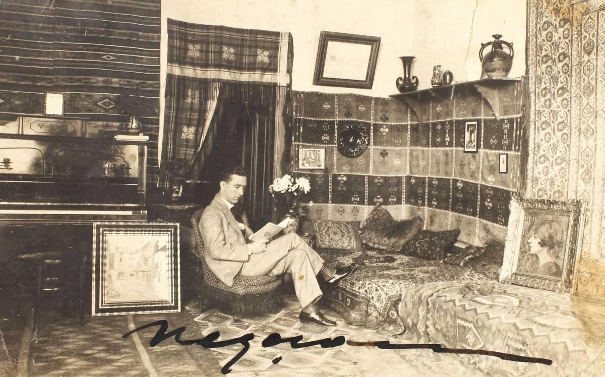 Grigore Negoșan în atelier, 1918