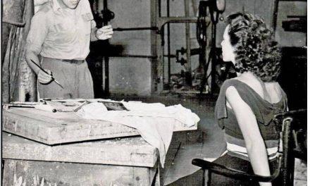 Romeo Voinescu în atelierul din Praga, 1956