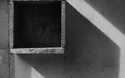 """""""CAREUL NEGRU. Fotografie de arhitectură"""" @ Galeria nouă, București"""