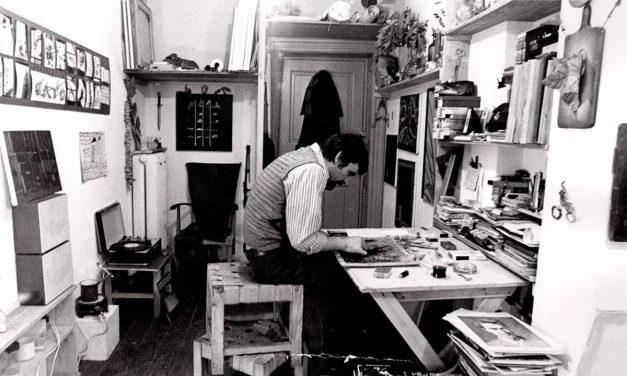 Ion Dumitriu în atelierul mic, anii '80