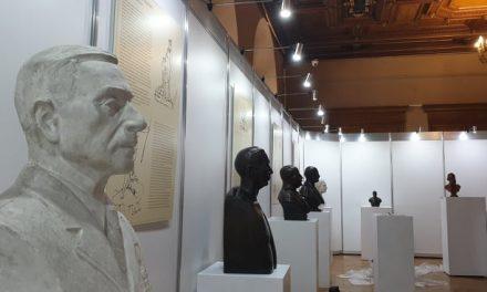 """Expoziție """"Putere și statut. Portrete din Colecția de Sculptură"""" @ Muzeul Municipiului București – Palatul Suțu"""