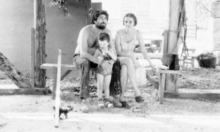 Sculptorul Florin Codre și familia sa