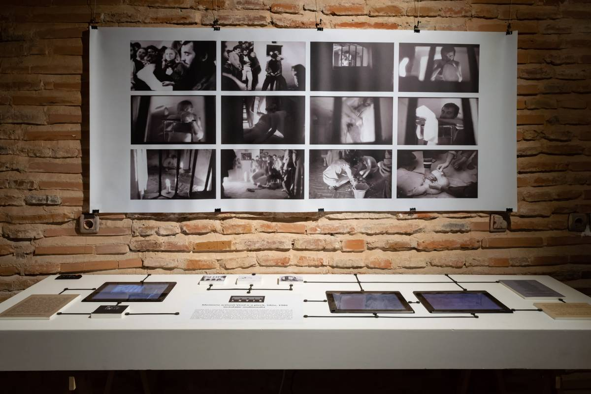 Al.ANTIK_Memoria acțiunii Visul n-a pierit '86_instalație multimedia 2018_Re-creație a acțiunii artistice de la Sibiu din 1986