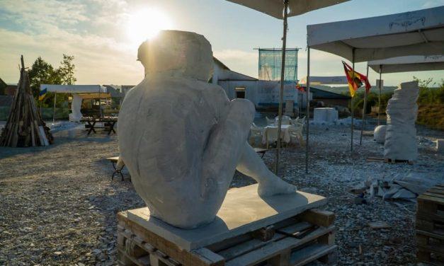 Vernisajul celei de-a treia ediții a Tabărei Internațională de Sculptură în Piatră Măciuca