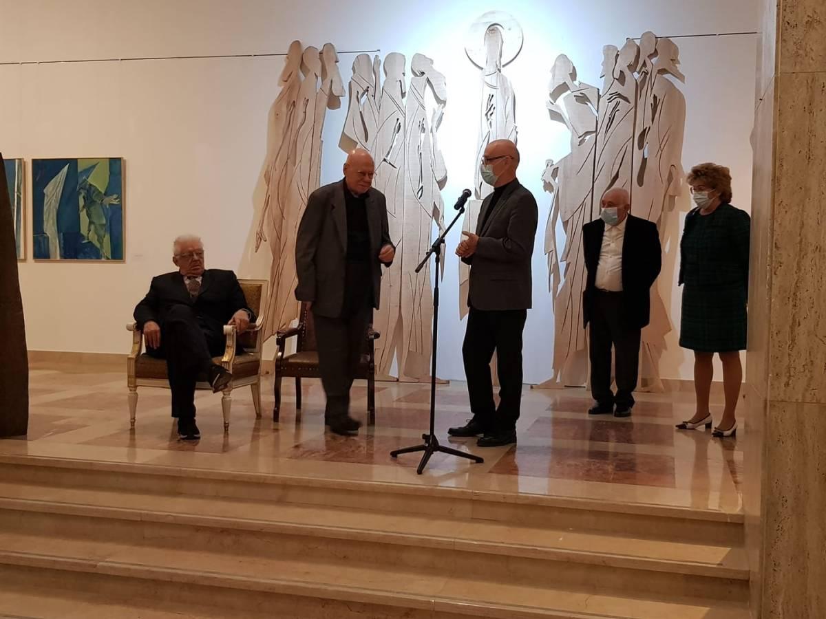 Mircia Dumitrescu, alături de Carmen Mușat , Răzvan Theodorescu, Nicolae Breban și Calin Stegerean, la Muzeul Național de Artă al României (2)