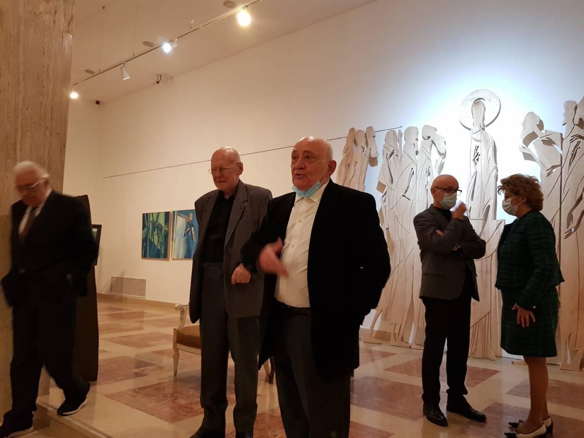 Mircia Dumitrescu, alături de Carmen Mușat , Răzvan Theodorescu, Nicolae Breban și Calin Stegerean, la Muzeul Național de Artă al României (3)